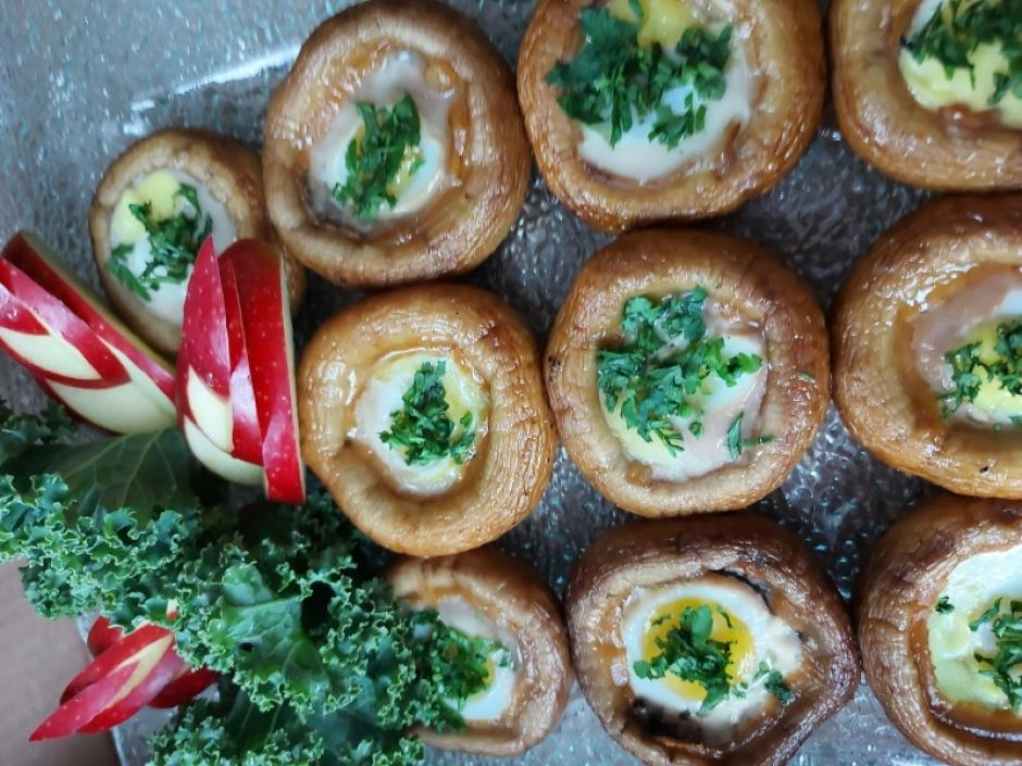 Portobello - jajka zapiekane w pieczarkach