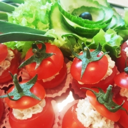 Pomidorki faszerowane tuńczykiem